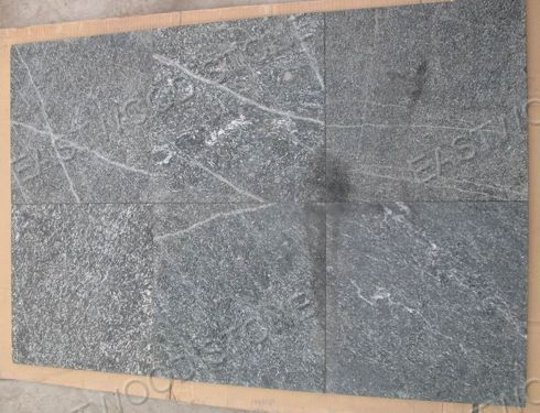 Black-Quartzite14